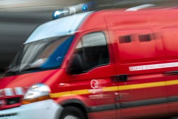 Une ambulance (image d'illustration)