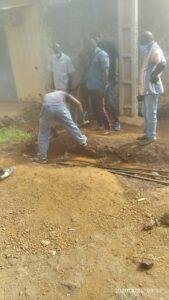 Des agents de la Société des eaux de Guinée (SEG)