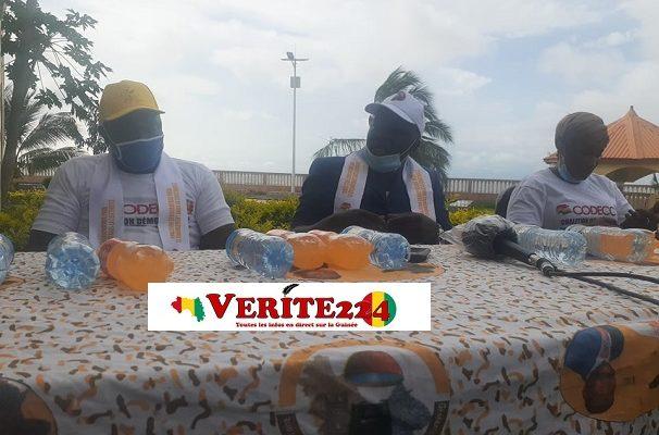 Des membres de la Coalition des Jeunes Leaders pour le Développement (COJELED)