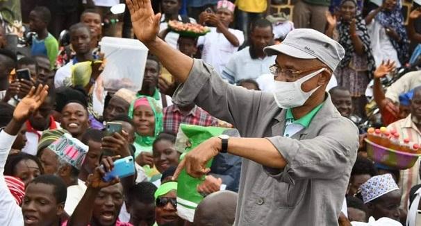 Cellou Dalein Diallo devant ses militants