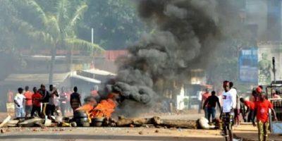 Une violente manifestation des jeunes à Boké