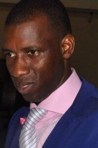 Moustafa Kallo, sociologue guinéen résidant à Paris