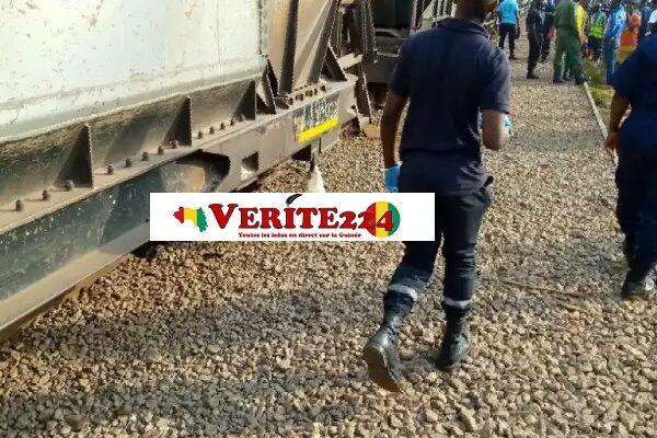 Sur le site de l'accident du train Rusal-Friaguia qui a coûté la vie à un agent de la BAC-7 à la T6