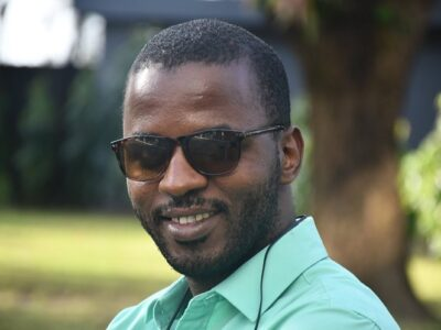 Abdoulaye Oumou Sow, Journaliste et Blogueur
