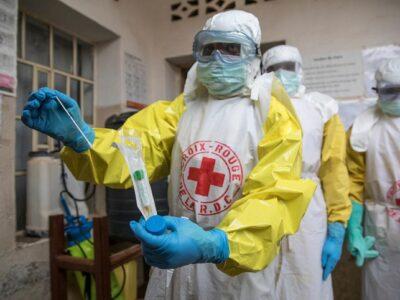 Des agents du personnel de santé de la Croix-Rouge (image d'illustration)