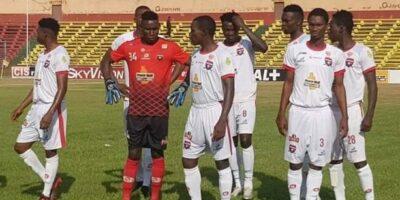 Des joueurs de Wakriya au stade du 28 septembre