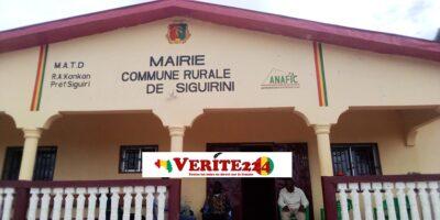Le bâtiment abritant les locaux de la commune rurale de Siguirini