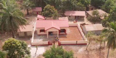 Le village de Guilléré, dans la Préfecture de Boké, se taille un nom dans la couture avec le soutien de la société minière AMR