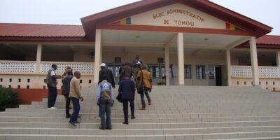 Le bloc administratif des locaux de la préfecture de Yomou