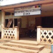 Les locaux de la Direction préfectorale de l'éducation de Kankan en état de délabrement poussé